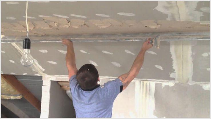Как штукатурить потолок своими руками?