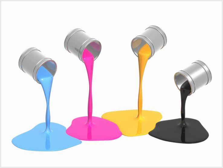 Краска для стеклообоев: правила и технология нанесения материала