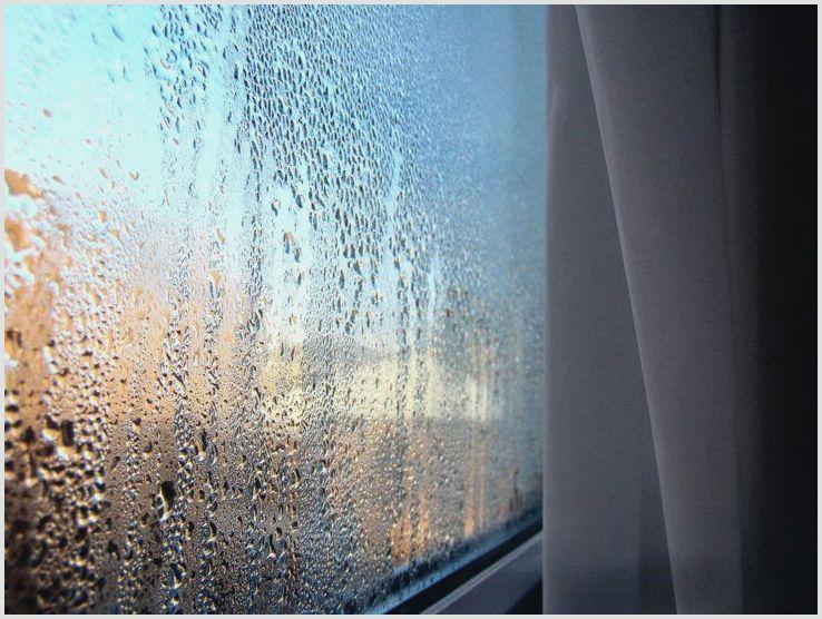 Почему потеют пластиковые окна в доме и как этого избежать?