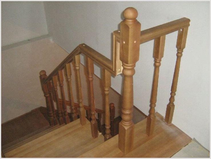 Покраска лестницы из сосны своими руками