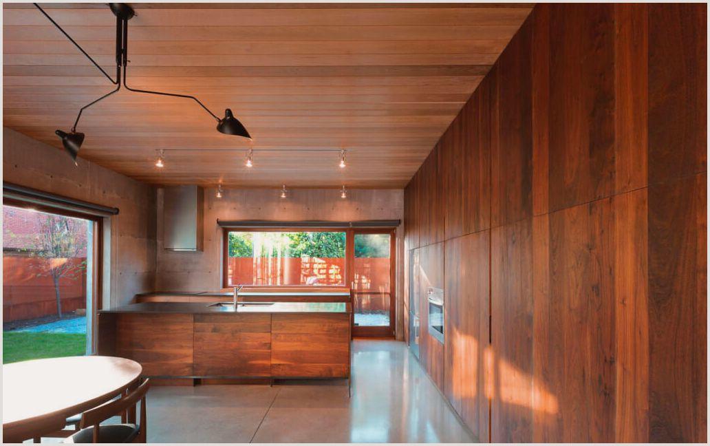 Потолок из вагонки – достойный симбиоз цены и качества