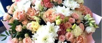 Как выбрать красивый букет цветов на свадьбу?